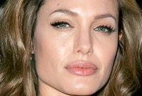Megan-fox-vs-angelina-jolie-small